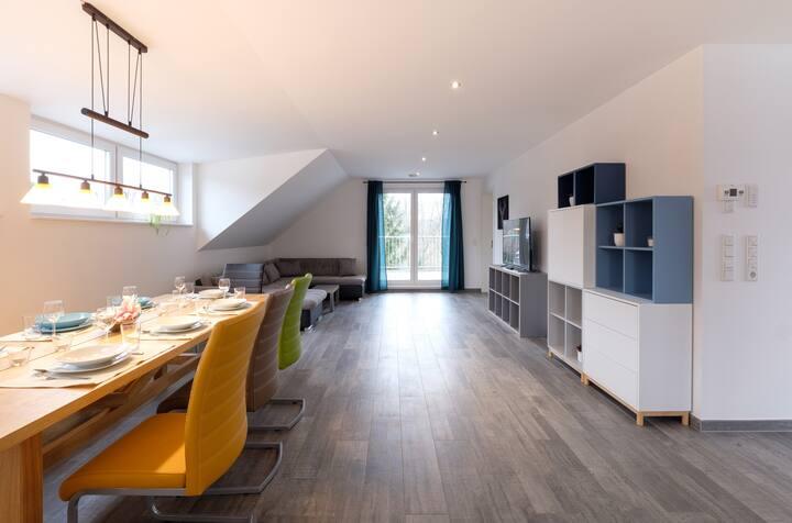 Spacious Modern Apt - Quiet Area Nr Rhine-Main