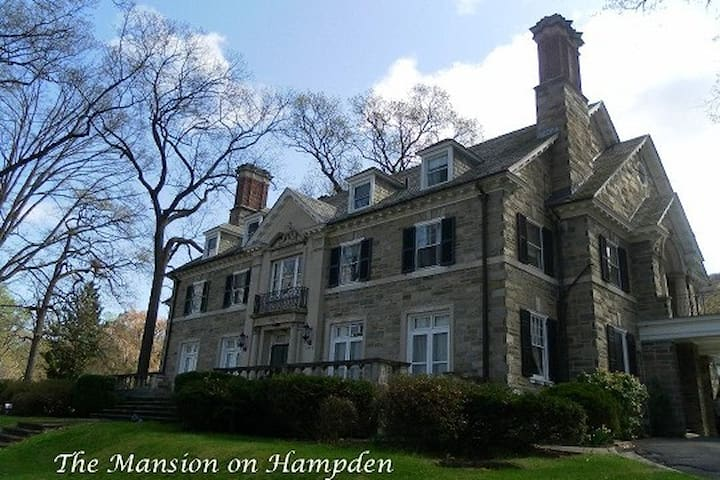 The Mansion on Hampden's Spring Room