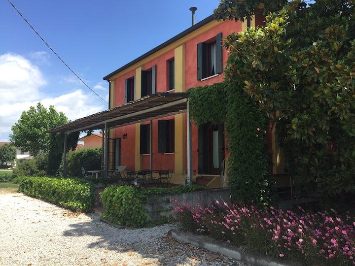 Appartamento con veranda per affitti mensili