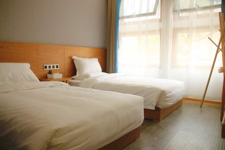 【一見】老城区明堂天堂旁的观景双床房