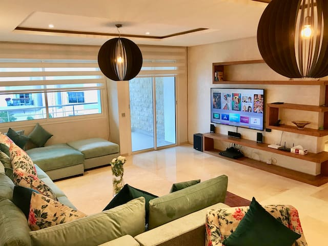 U.S EXPAT~SAMMY COVE LUX 155m-POOL~5GWIFI~SECURITY