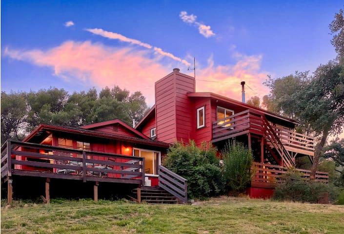 South Fork Creek House near Bass Lake and Yosemite