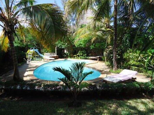 Diani Beach cottages, holiday villas Diani Beach - Diani Beach - บ้าน