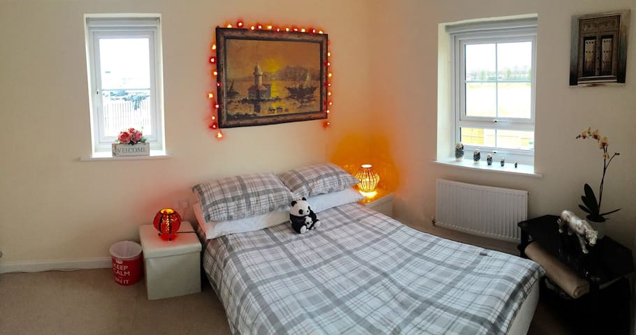 Double room for Liverpool Airport - Speke - Huis