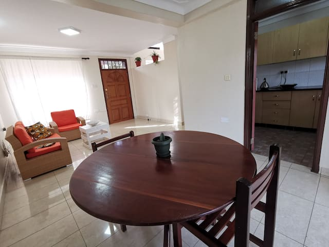Spacious, Clean and a great view house in Kampala