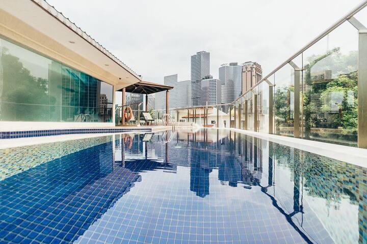 逅客近新加坡摩天轮、小印度、哈芝巷游泳池高级大床房
