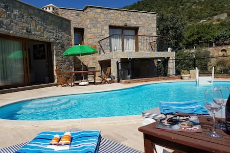 Bodrum Luxury Villa with Private Pool - ボドルム