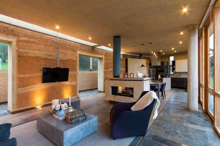 Savanna Luxury Villa - Sopo