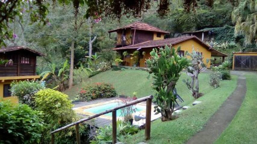 casa de campo,em  área rural,com cachoeira perto. - Posse - Chatka