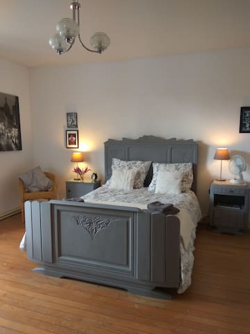 Large, comfortable room, french style.