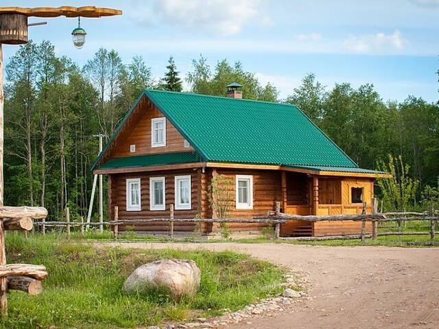 Russian house. Stariy Sıg Eco Farm