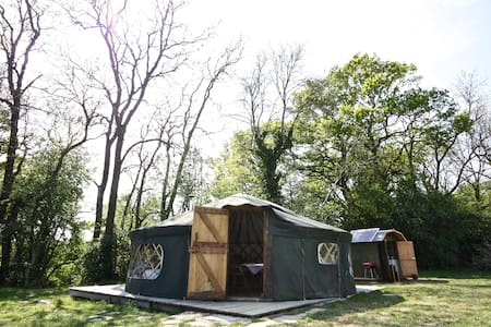 'Willow' Yurt - Fernhurst - Jurta