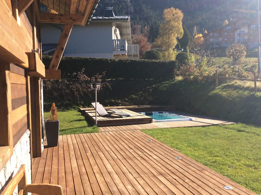 Terrasse with Jacuzzi