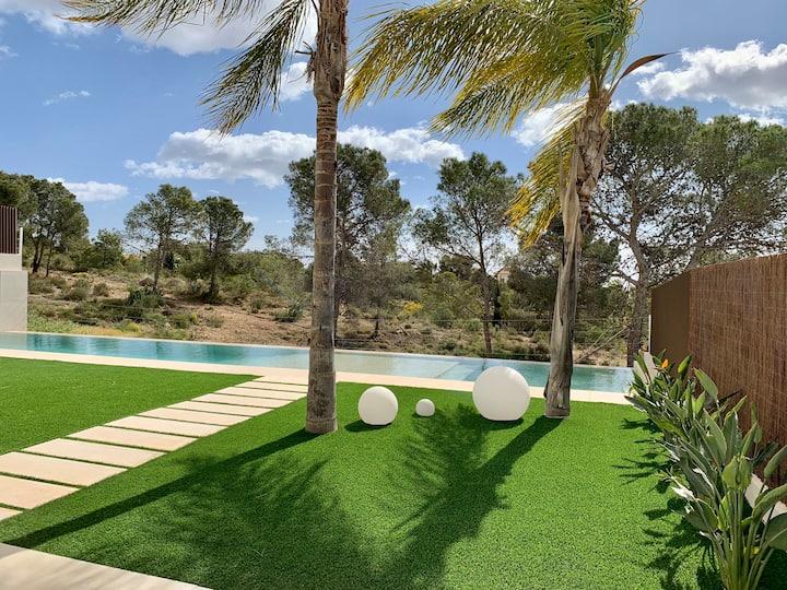 Villa Benidorm avec Piscine à débordement vue mer
