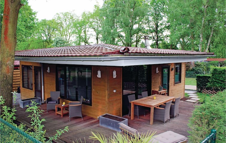 Holiday cottage with 2 bedrooms on 64m² in Lanaken