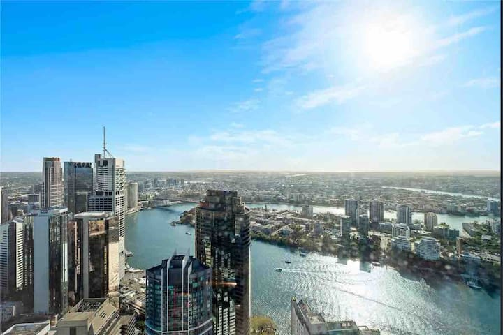 World-class river&city view 1 bedder @ SKYTOWER