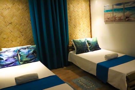 Balay sa Uma - Bughaw Room with A/C