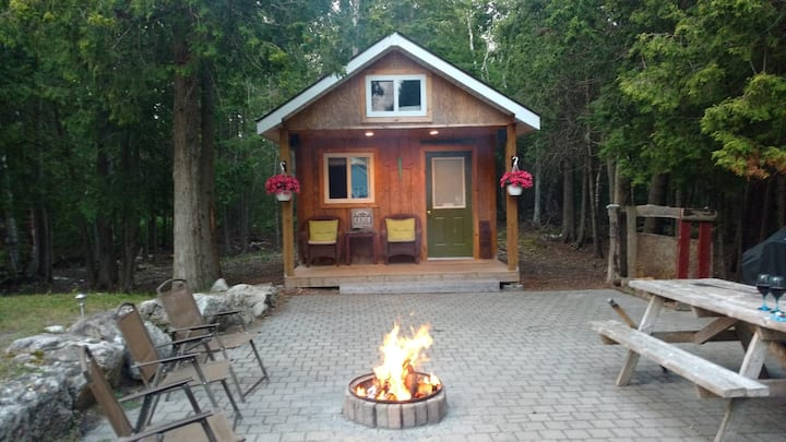 Grass Roots Bunkie, couples retreat