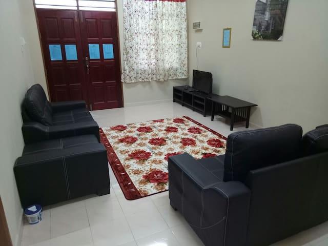 HOMESTAY KOK LANAS-HASYAM MUSLIM GUEST HOUSE(VIP)