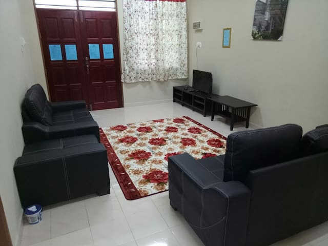 HOMESTAY KOK LANAS-HASYAM GUEST HOUSE(VIP)