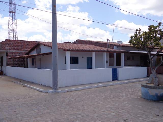 Casa Branca  Centro de Galinhos 02 quartos
