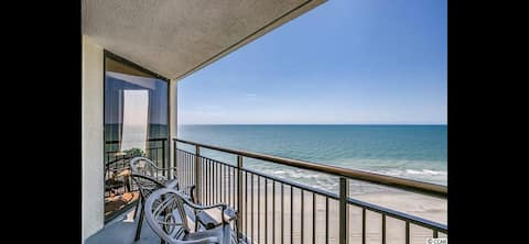 *NEW* Oceanfront Pet Friendly Condo, 16th floor!