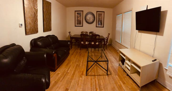 Clean, Spacious, Charming house in Little Italy