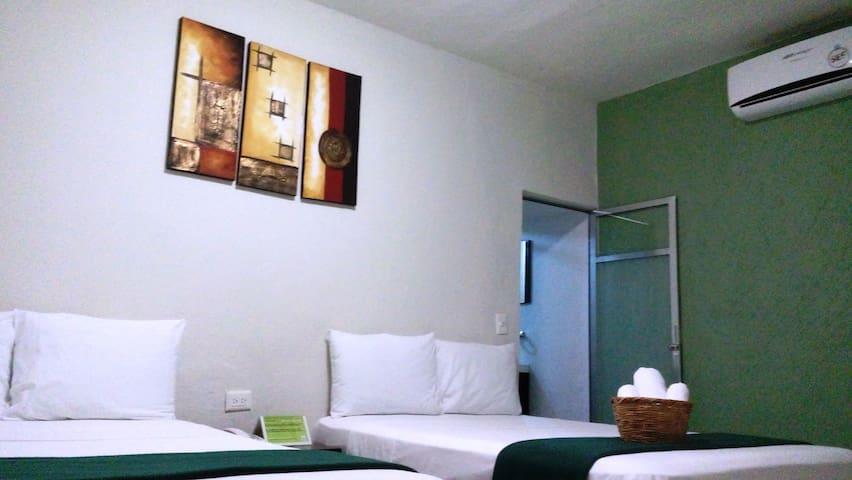 Hotel Rosvel, Hab. Suite Familiar: (Max 4) - Palenque