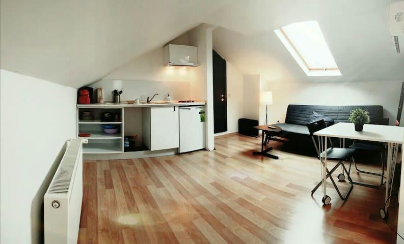 S4 attic studio - Kadıköy - Apartamento