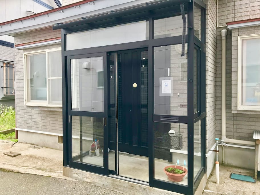 玄関/Entrance