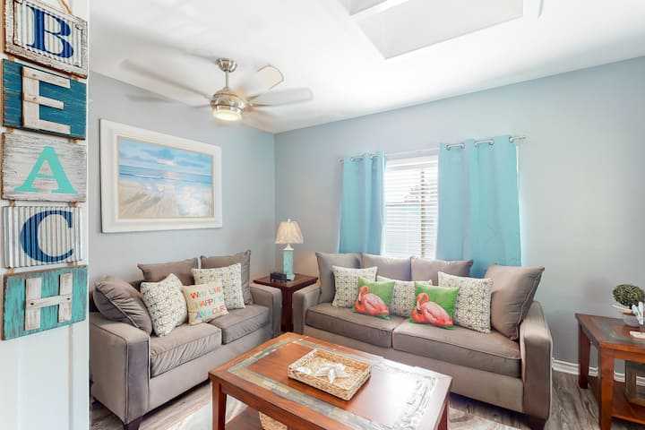 Charming, dog-friendly condo w/ a shared pool & free WiFi - near beach access