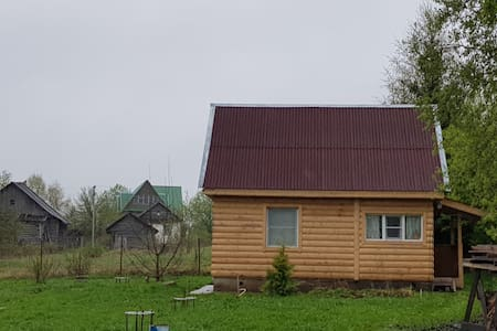 Домик в деревне, на Верхневолжье.
