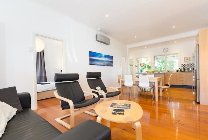 Sunny Home in West End QLD 4101 AU