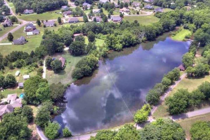 Eden Isle home on Private Lake