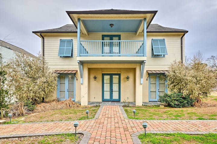 Baton Rouge Area House w/ Balcony & Pier Access!