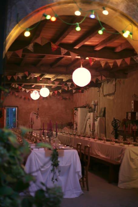 Salle de fête jusqu'à 90 couverts assis