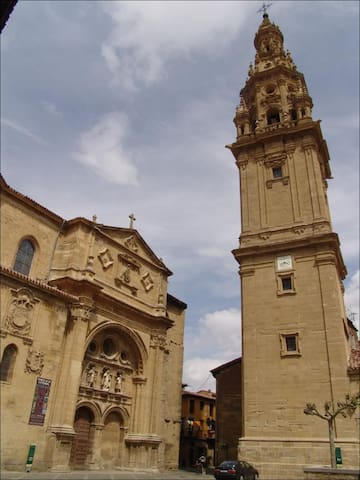Céntrico y luminoso piso en Sto. Domingo, La Rioja