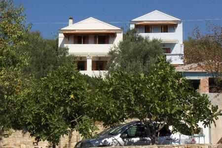 ΖΕΦΥΡΟΣ  2 - Votsi - Apartament