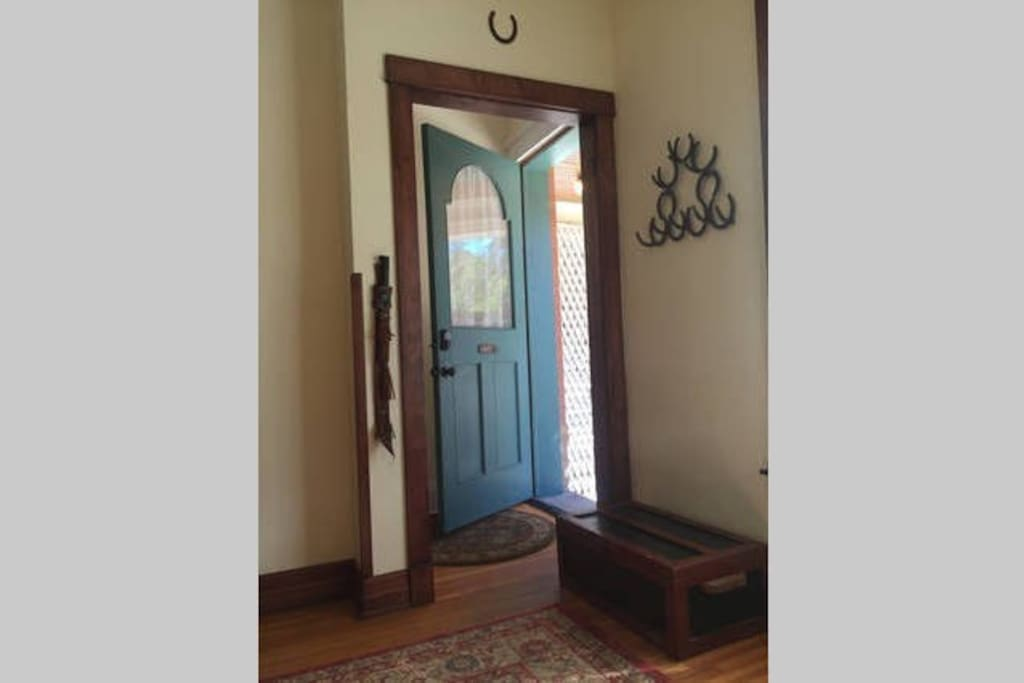 Rooms For Rent Under  In Whittier