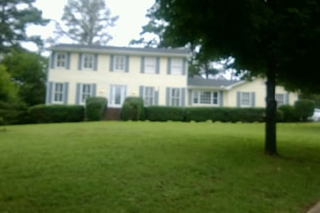 Country Charm - Conyers - House