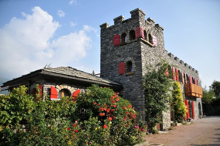 Castel de Daval : Chambre Cornalin