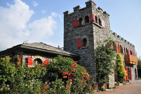 Castel de Daval : Chambre Cornalin - Sierre