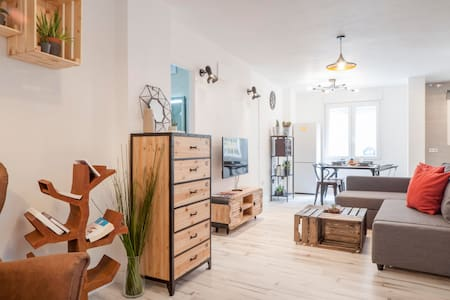 Heart of Malaga in a new industrial style flat