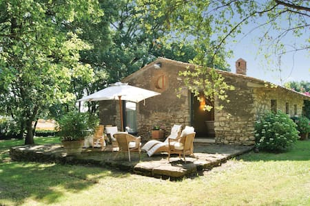 Holiday cottage with 2 bedrooms on 80m² in Ischia di Castro -VT-