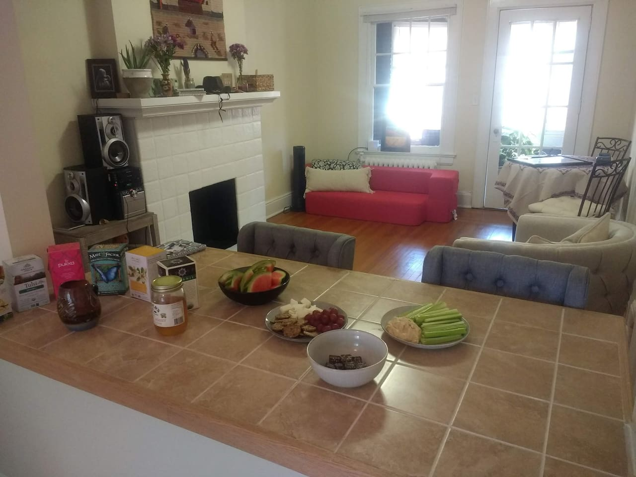 Common Living Area for your full enjoyment. Counter space great for breakfasts or sipping your morning tea/coffee.