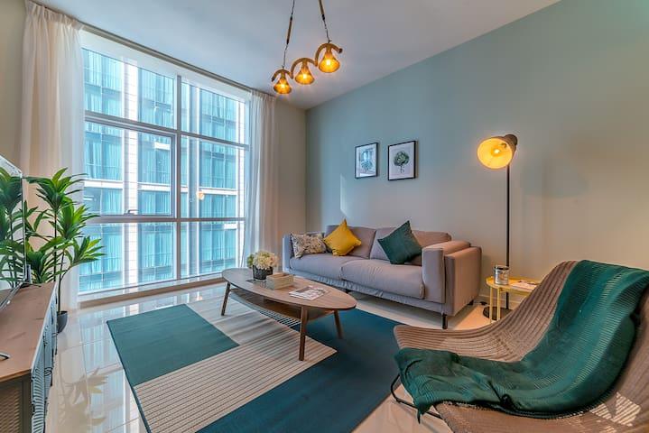 Spacious One Bedroom close to Burj Khalifa