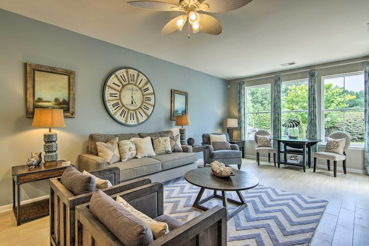 Townhome w/ Amenities 4 Miles from Bethany Beach!