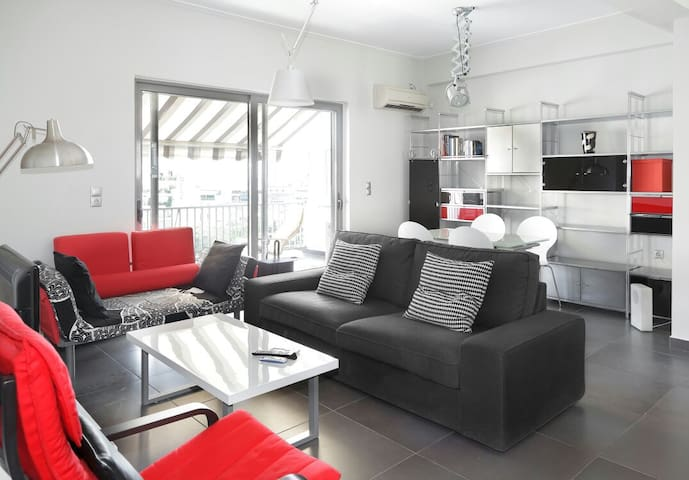 Super Modern Penthouse,6min from City Center - Athina - Lejlighed