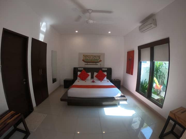 1 Bedroom Beachfront Private Villa