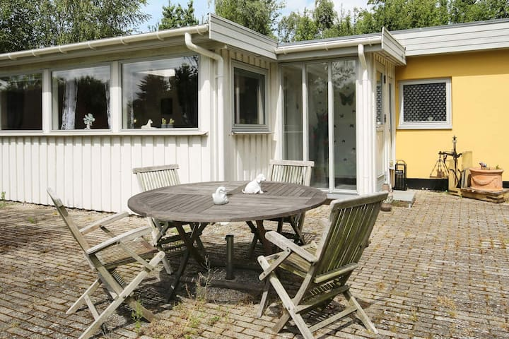 5 person holiday home in Grevinge